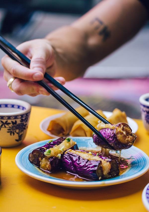 Berenjena y cocina asiática - Unsplash Krista Stucchio