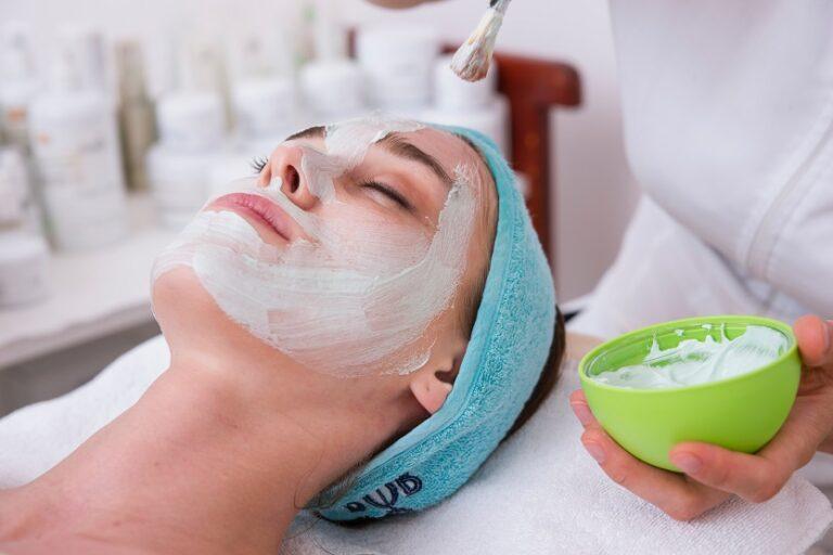 Tratamiento de arcilla blanca - Unsplash Engin Akyurt